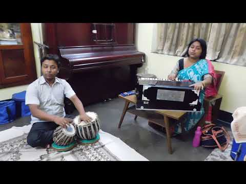 Ami sure sure ogo tomay - Pt. Ajoy Chakraborty - Indian Vocal with Tabla accompaniment